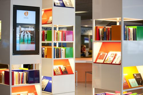 Schipol airport library 2