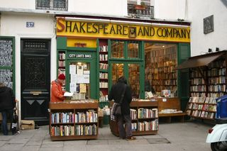 Shakespeare and Company Bookstore Paris 2